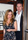 21/02/09 - Gillian na Festa Pre-Oscar. Th_42322_6295003_122_101lo