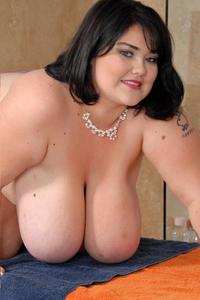 TV - Big Tits and BBW Video Clips
