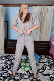 Jessie Young - Uniforms 1t6kowlpqqv.jpg