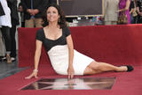 th_05227_JLD_honored_with_star_on_hollywood_walk_of_fame_05_122_4lo.jpg