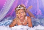 Julie M - Sexy In Whitep3lcssn2o7.jpg